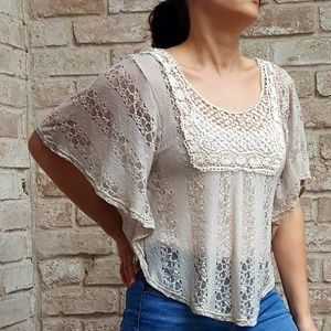 Moon Collection boho cream lace flutter top XL